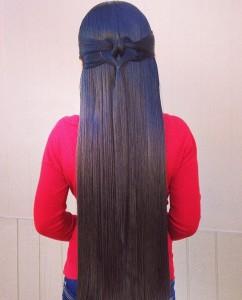 Прическа на длинные прямые волосы
