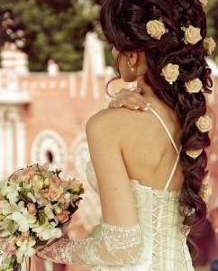 Роскошная свадебная прическа
