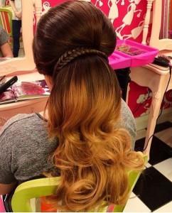 Объемная прическа на длинные волосы
